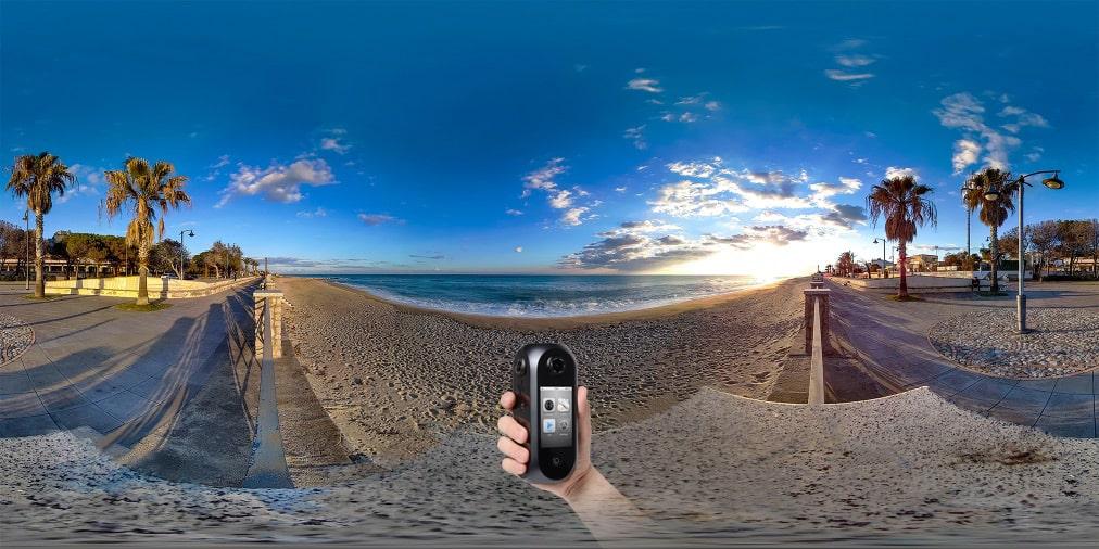 世界初8K360度VRカメラPilot Era