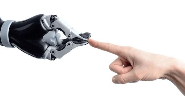超機敏なロボットアームJACO