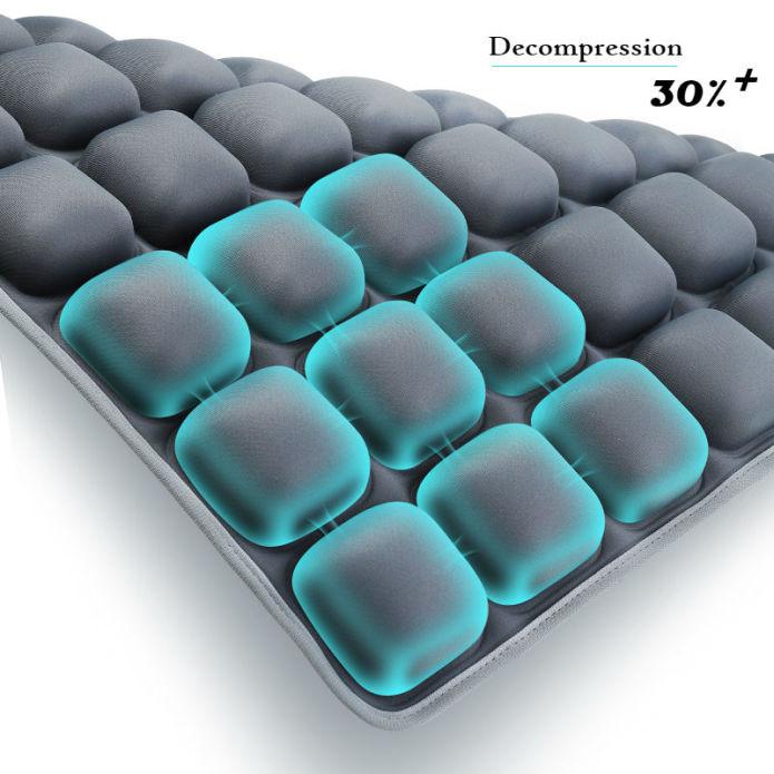 クールダウンウォーターシートクッションThe World's Coolest Water Seat Cushion