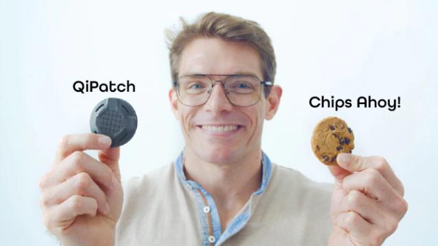 すべての充電ケーブルをワイヤレス充電にするQiPatch