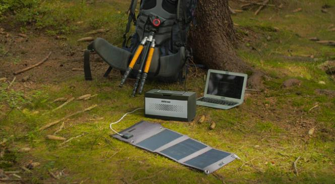 スマホで操作可能ポータブル電源ENERCAMP E1