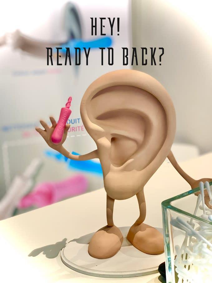 耳垢をより安全そしてきれいに除去するEARS360